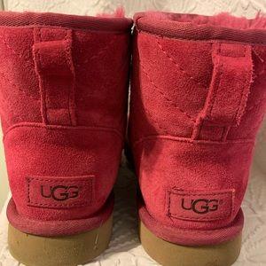 Ugh Boots Size 7